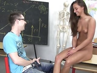 School woman entices a man with her beautiful petite orbs and pummels him in the classroom porn video
